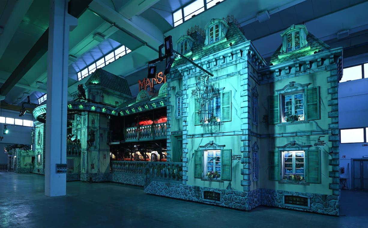 biggest-haunted-mansion-gallery-gosetto